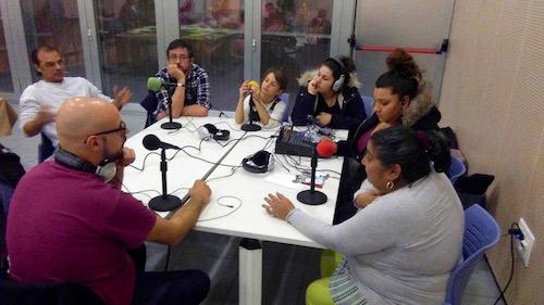 Ràdio Des dels blocs invierno: Comunidad gitana rumana